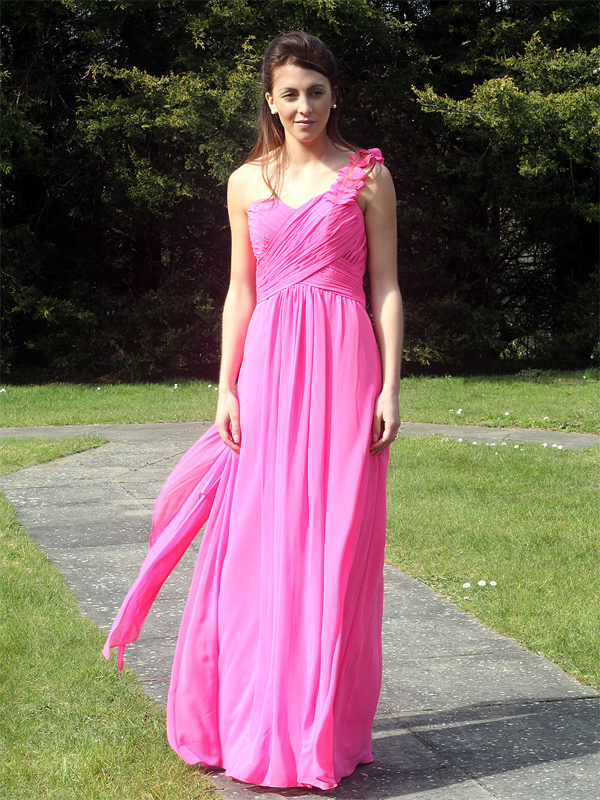 One should with flower chiffon Bridesmaid Dress