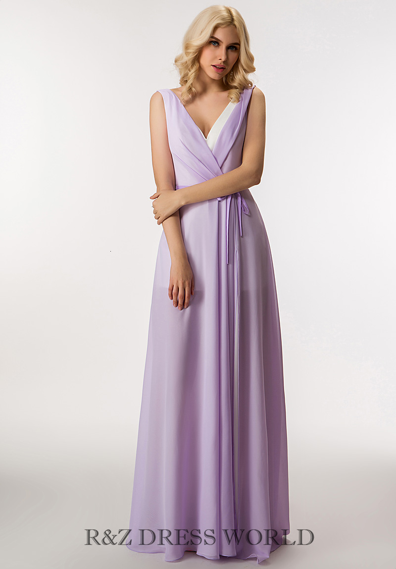 Lilac chiffon dress with high side slits